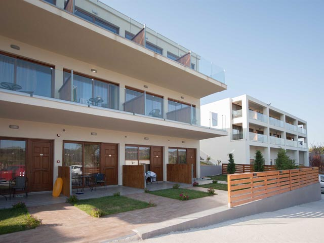 Diamond Holiday Resort -
