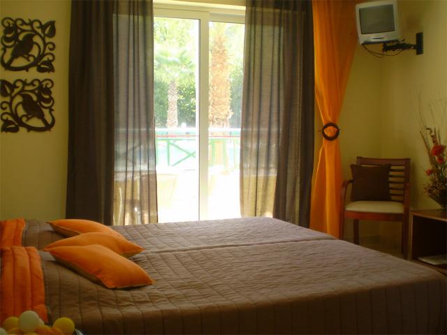 Damia Apartments -