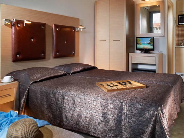 4You Hotel Apartments -
