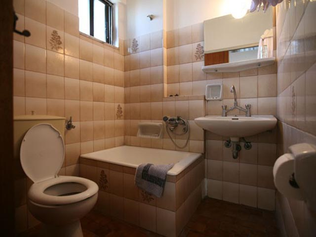 Reni Studios and Apartments -
