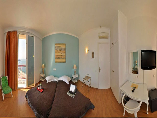 City Marina Hotel -
