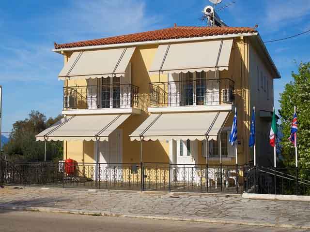 Dimitris Studios -