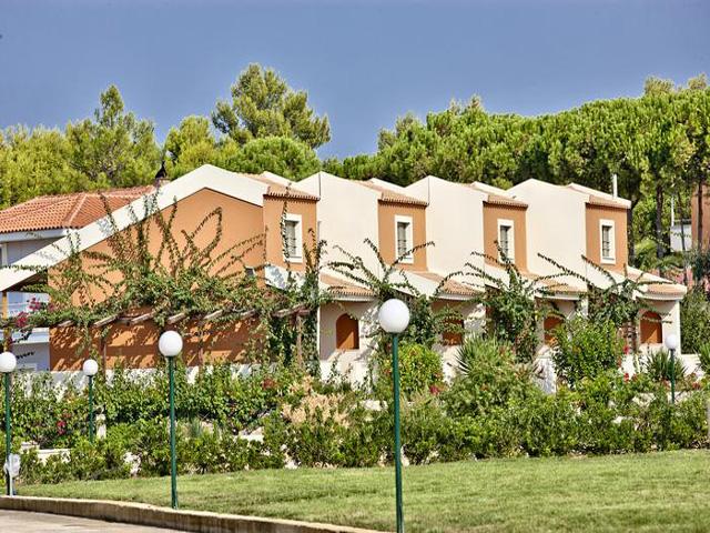 Ionian Sea Villas and Aquapark -