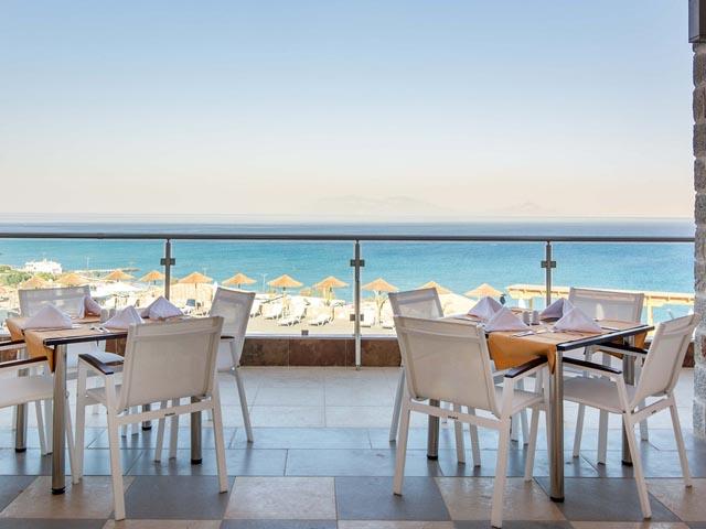 Grand Blue Beach Hotel -
