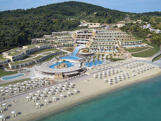 Miraggio Thermal Spa Resort Hotel - Super Offer up to 35% OFF !! & FREE HALF BOARD !! LIMITED TIME !!