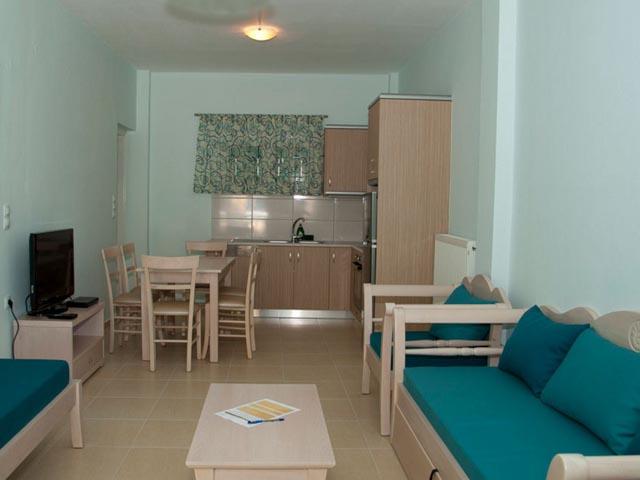 Mirtini Suites -