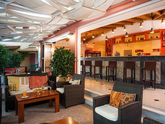 Zephyros Eco Resort Hotel -