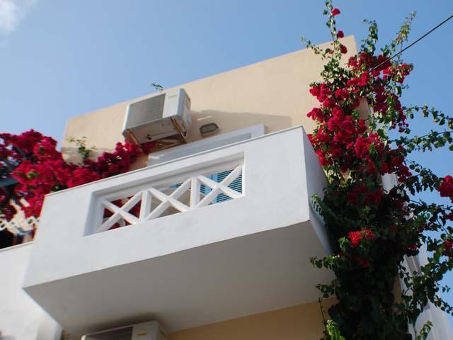 Renia Hotel Apartments -
