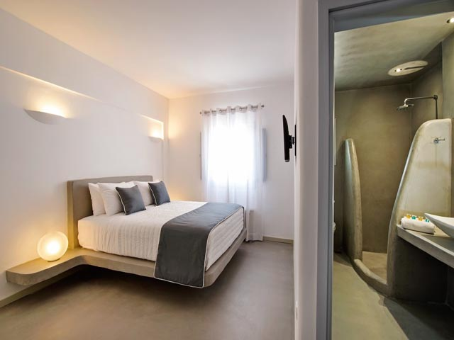 Central Fira Hotel -