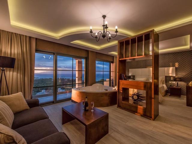 Elegance Luxury Executive Suites -