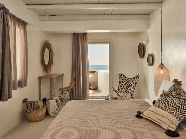 Naxian On the Beach -