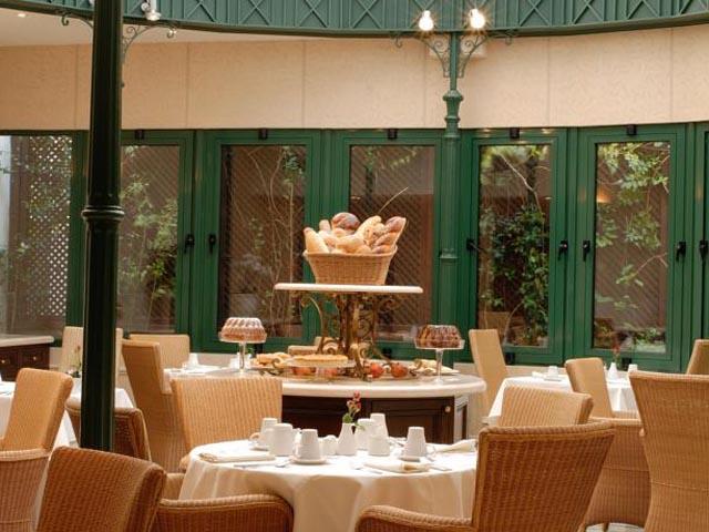 Hera Hotel -