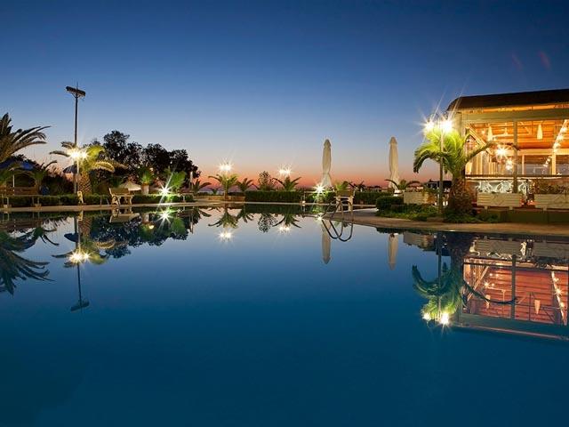 Marinos Beach Hotel -