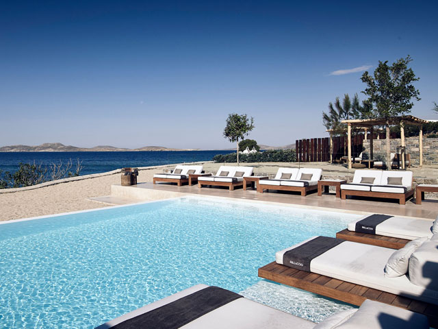 Bill and Coo Coast Suites -