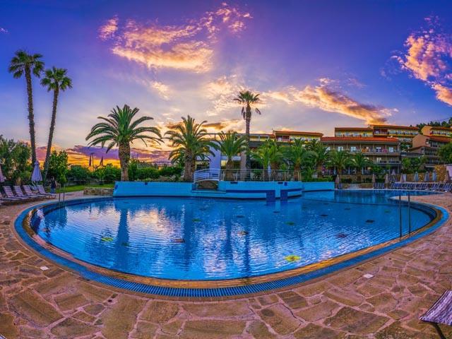 Lagomandra Hotel and SPA -