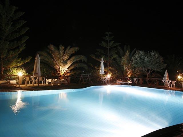 Akra Morea Apartments -
