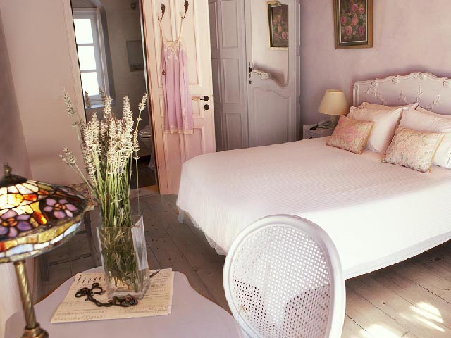 Amaryllis Luxury Guest House -