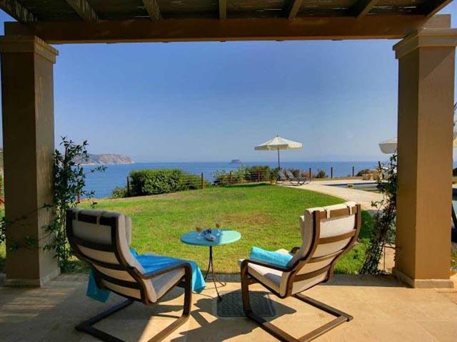 Blue Sea Villa -