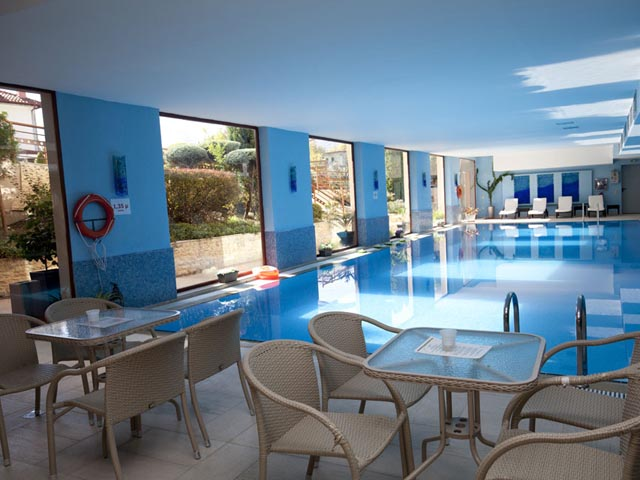 4 Epoxes Hotel Spa -