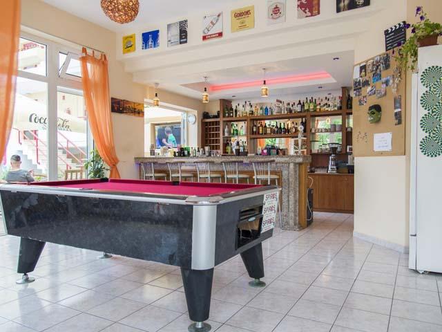 Erato Studios and Apartments -