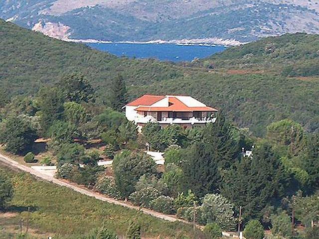 Cochelli Villas -