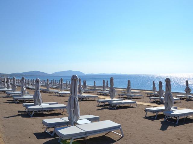 Gennadi Grand Resort -