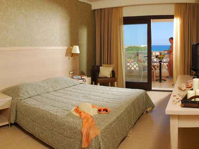 Cactus Royal Resort -