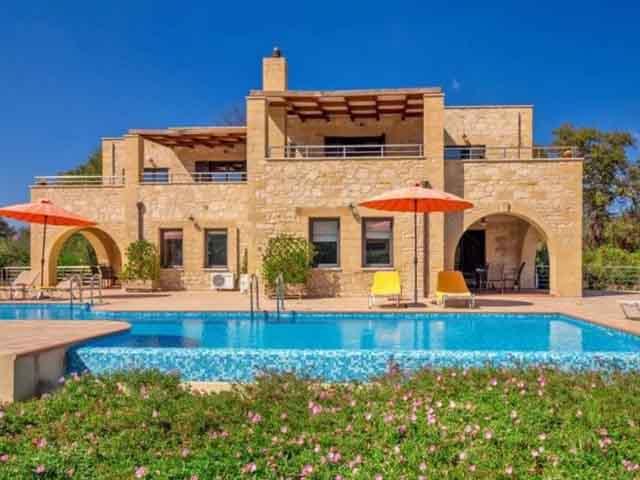 Kalives Villas -