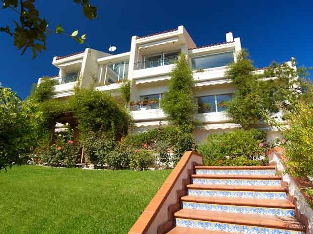 Felix Residence -