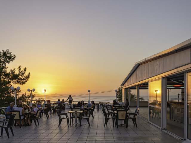 Blue Resort Hotel -