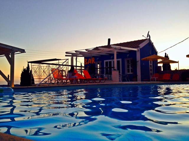 Casa De Blue Studios -