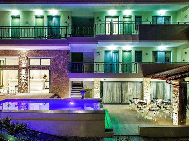 Core Hotel -