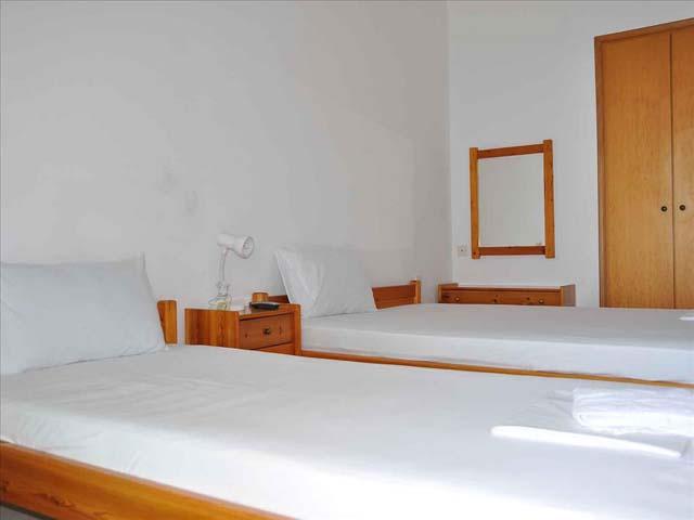 Alexandros Apartments -
