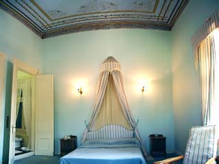 Loriet Hotel - The old Mansion House - Blue Room