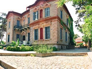 Loriet Hotel - The old Mansion House - Exterior View