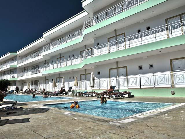 Felicity Hotel -