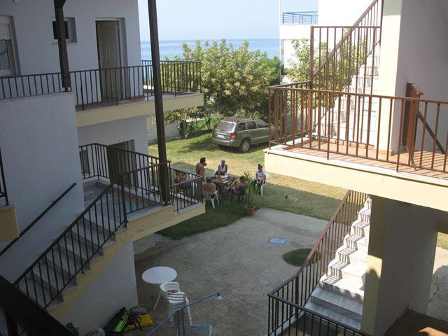 Alkmini Apartments -