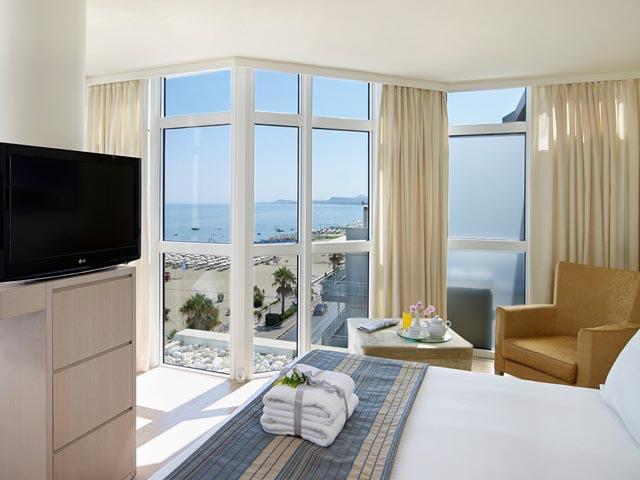 Kriti Beach Hotel -