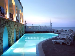 Erofili Beach Hotel - Swimming Pool at night