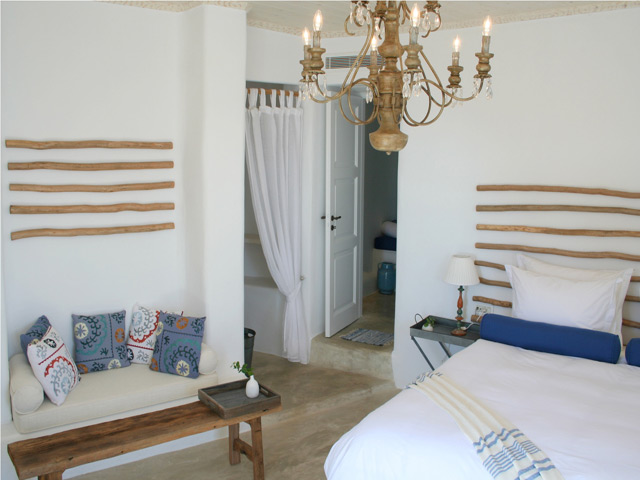 Iconic Santorini - A Boutique Cave Hotel -