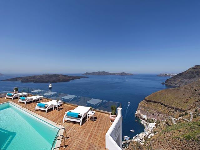 Athina Luxury Suites -