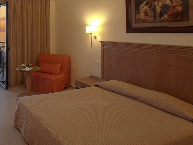 Atlantis Beach Hotel - Room
