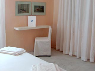 Heaven Hotel - Room
