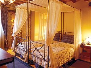 Pyrgos Village - Bedroom