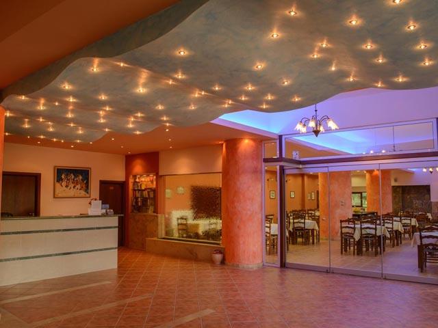 Idi Hotel -