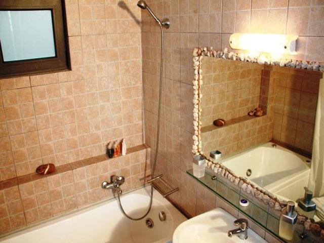 Anemos Luxury Villas - Bathroom