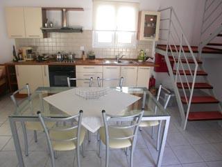 Villada Villa - Kitchen