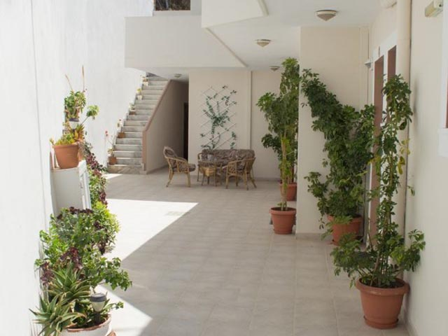 Dorana Hotel Studios -