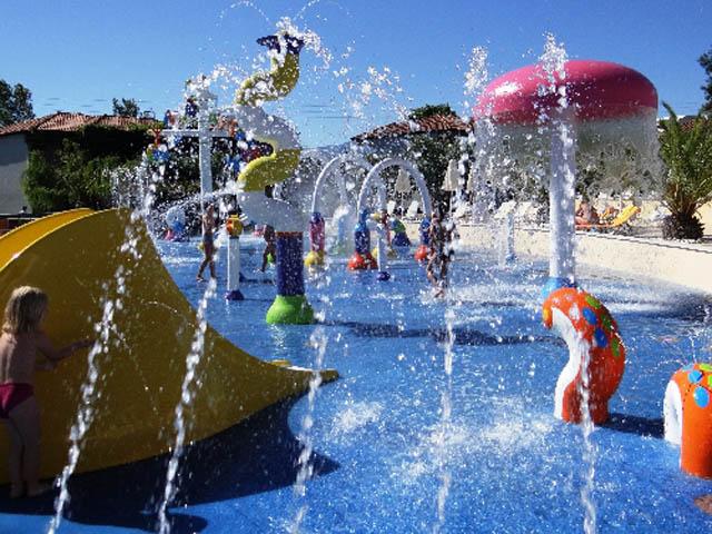 Bomo Platamon Cronwell Resort -