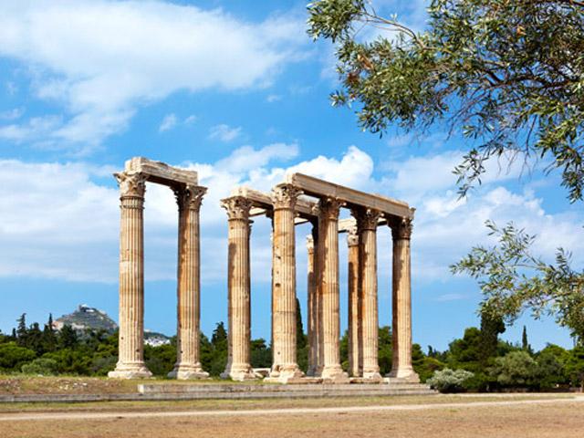 Grande Bretagne Hotel - Local Area - Corinthian Columns of the Olympian Zeus Temple